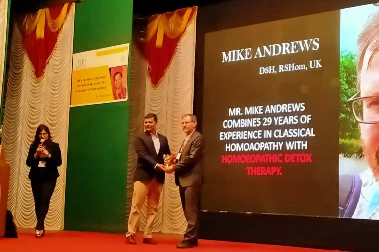 Momento presented to Mr.Mike by Dr, N. Khedekar