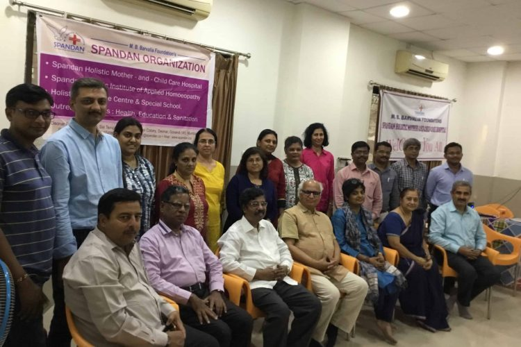 Participants withDr Barvalia and Sudheendraji
